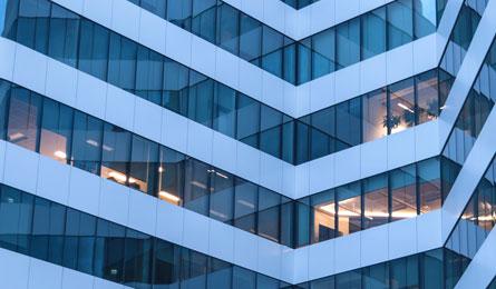 Inwestowanie w nieruchomości. Zalety i ryzyko